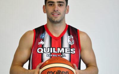 Raúl Pelorosso puso la firma y jugará una temporada más en Quilmes